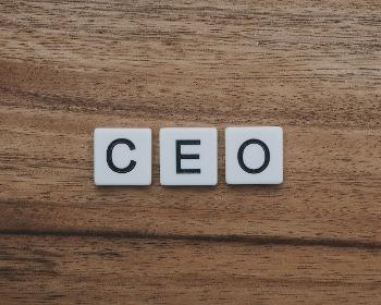 CEO, COO, CMO, CFO, CIO, CTO, CCO y CDO