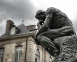 Conocimiento empírico, científico, filosófico y teológico