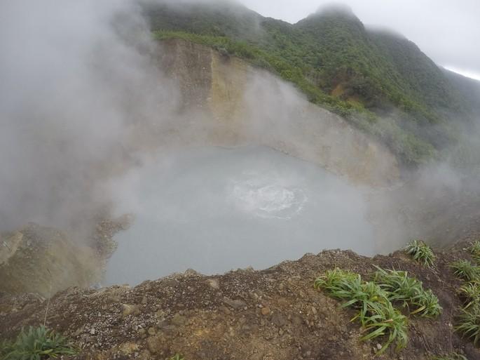Lago Dominica fenomeno natural