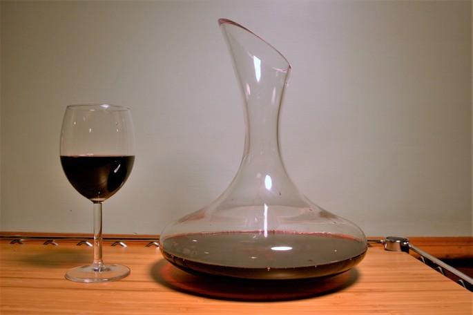 Jarra decantadora de vino