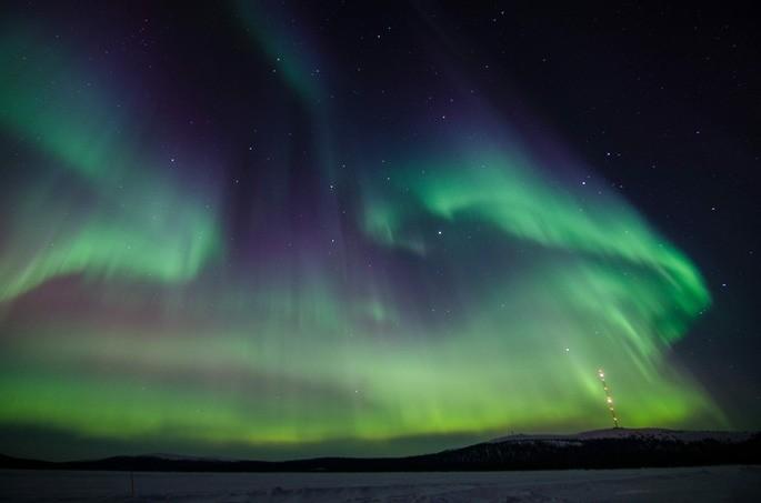 las auroras borealis se producen en la ionosfera