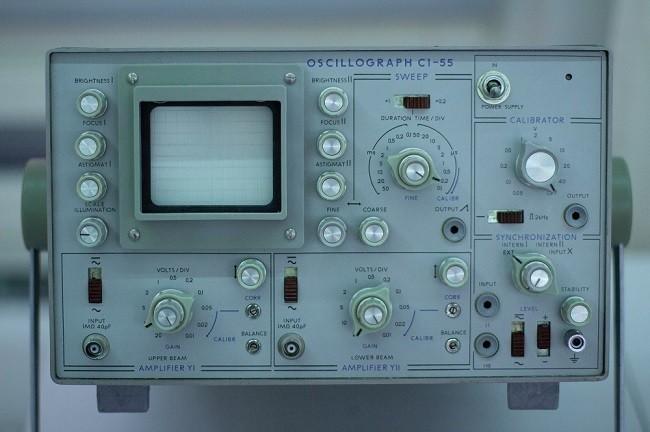 oscilómetro, un tipo de computadora analógica