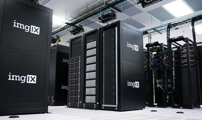 imagen referencial de una supercomputadora