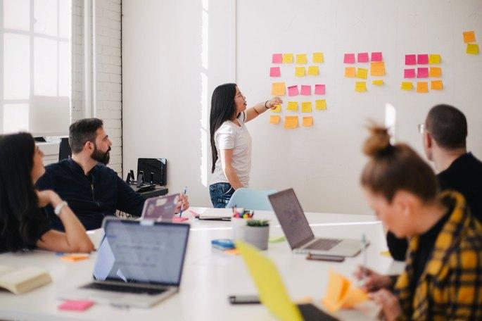 tipos de liderazgo empresarial, diferenciador